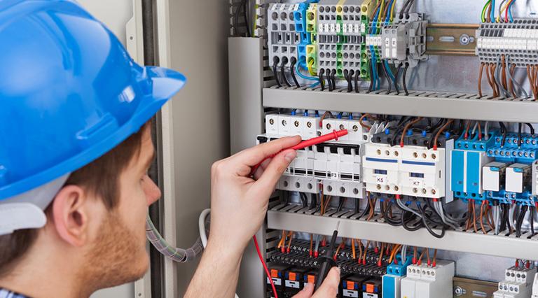 Formation habilitation électrique et Formation vérificateur installations électriques